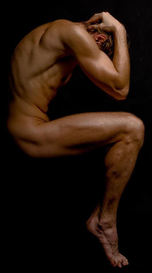 Naked figurehead